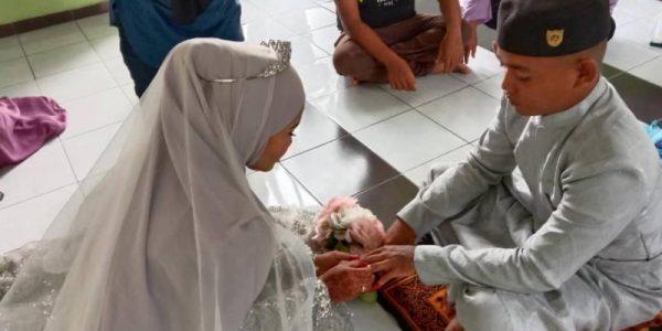 majlis-akad-nikah-saudara-baharu-pasangan-pengantin-dari-kampung-orang-asli-pelawan-1